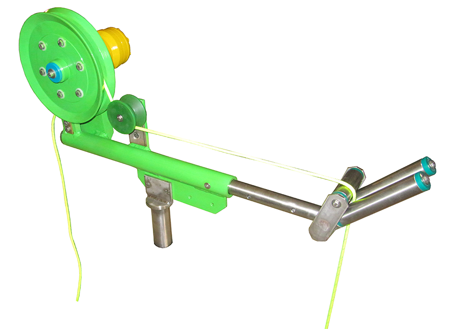 Fishing line hauler winch